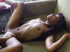 Skinny ebony babe gives epic head